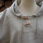 Ľanová košeľa s kapucňou